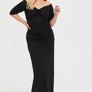 NWT Torrid Black Deep V Ruched Maxi Gown Dress 3X